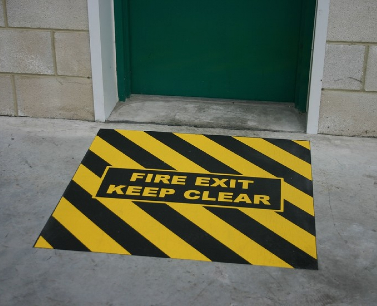 Tough Route - Floor Signage 4