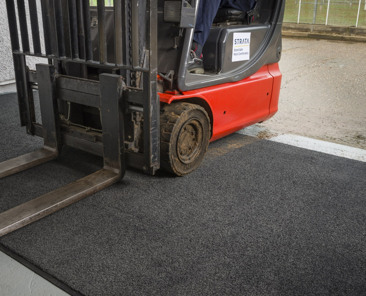 Clean-Start® - Forklift Wheel Cleaning System 1